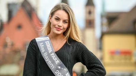 Miss Bayern heißt Lara Rúnarsson und stammt aus Waldbüttelbrunn bei Würzburg. Im Januar hat sie die Chance Miss Germany zu werden.