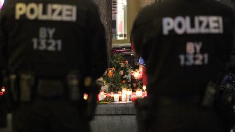Am Nikolaustag vergangenen Jahres starb ein 49-jähriger Mann am Königsplatz in Augsburg an den Folgen eines Schlages. Bald soll der Prozess zu dem Fall starten.