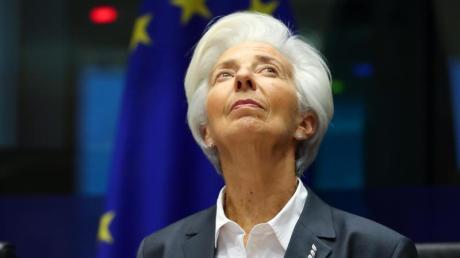 Christine Lagarde, Präsidentin der Europäischen Zentralbank (EZB), kämpft mit allen Mitteln um Stabilität.