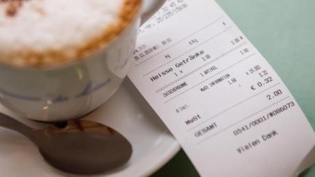 Ab 2020 sind Geschäfte dazu verpflichtet, ihren Kunden Kassenbons auszudrucken.