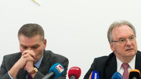 Das Archivfoto zeigt CDU-Landeschef und Innenminister Holger Stahlknecht zusammen mit Sachsen-Anhalts CDU-Ministerpräsident Reiner Haseloff.