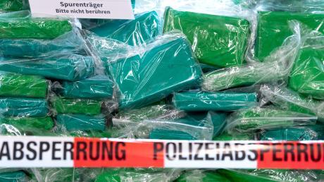 500 Kilo Koks hat die Polizei in Neu-Ulm sichergestellt.