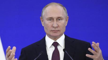 """Russlands Präsident Wladimir Putin erklärte am Samstag: """"Wir werden jenen das Maul stopfen, die versuchen, die Geschichte umzuschreiben."""""""