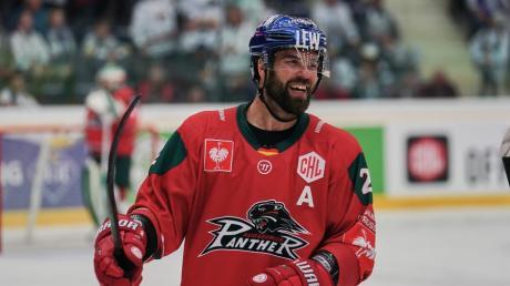 Brady Lamb hat seinen Vertag bei den Panthern verlängert und ist nun auch neuer Kapitän.