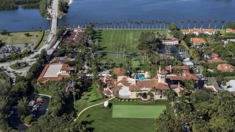 Donald Trumps Lieblings-Anwesen Mar-a-Lago, 1927 im spanischen Stil errichtet, liegt in Palm Beach in Florida.
