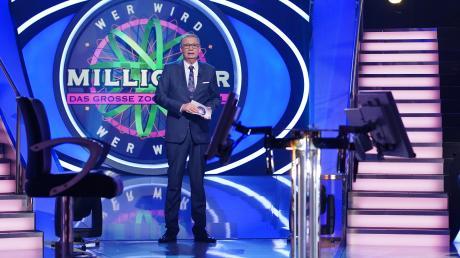 """Günther Jauch moderierte das große Familien-Special von """"Wer wird Millionär"""" am 30.12.19. Drei Generationen stellten sich den Fragen des Moderators gemeinsam. Hier der Nachbericht."""