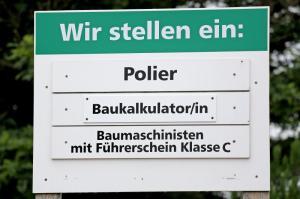 Leute gesucht:Freie Stellen für Fachkräfte an einer Baufirma in Aue (Sachsen).
