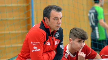 Ajet Abazi bleibt Trainer beim SV Mering.