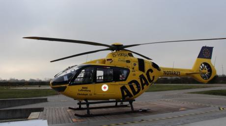 Wegen einer undefinierbaren Substanz im Inneren hat die Crew des Ingolstädter Rettungshubschraubers Polizei und Feuerwehr alarmiert.