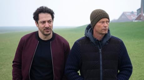 """Yalcin Gümer (Fahri Yardim) und Nick Tschiller (Til Schweiger): Szene aus dem Hamburg-Tatort """"Tschill Out"""", der heute im Ersten lief."""