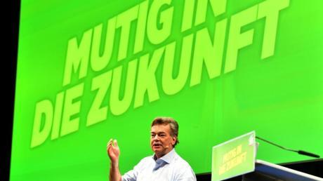 Grünen-Chef Werner Kogler spricht beim Bundeskongress der Partei in Salzburg.
