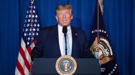 Donald Trump, Präsident der USA, hält in Mar-a-Lago eine Rede über den Iran.