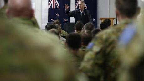 Australische Soldaten im Militärkomplex in Tadschi:Die Nato zieht jetzt einen Teil ihrer Truppen aus dem Irak zurück.