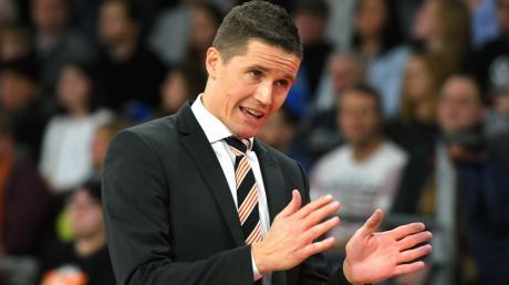 Ulms Basketball-Trainer Jaka Lakovic tritt mit seinem Team im Pokalhalbfinale gegen Oldenburg an.