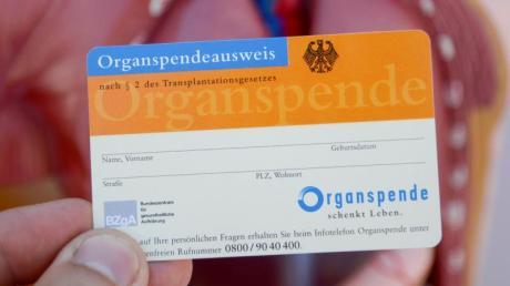 """Für die Reform der Organspende gab es im Bundestag verschiedene Vorschläge. Gesundheitsminister Spahn wollte die """"doppelte Widerspruchslösung"""" einführen."""