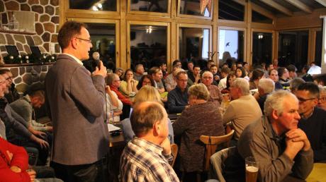 Amtsinhaber Johannes Ruf wurde von der Wählergemeinschaft Tussenhausen als Kandidat für die Bürgermeister-Wahl nominiert. Doch die Wahl ist nicht gültig.