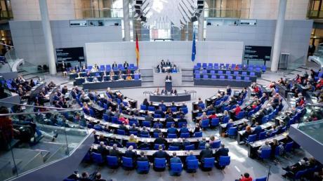 Bei der 140. Sitzung war eines der wichtigsten Themen die Abstimmung über neue Organspende-Regeln.