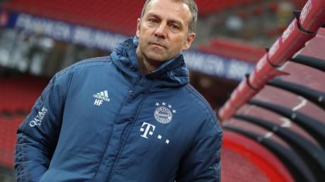 Bayern-Trainer Hansi Flick trifft mit seinem Team auf Hertha BSC.