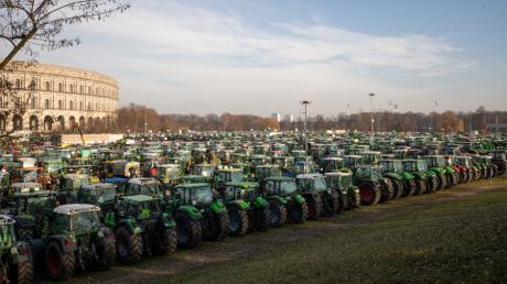 Auch in Nürnberg versammelten sich zahlreiche Landwirte zu einer Demonstration.