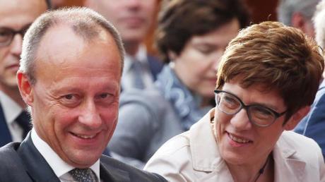 Friedrich Merz und Annegret Kramp-Karrenbauer: Noch ist sie die Vorsitzende der CDU, er will ihr Nachfolger werden. Merz kandidiert nun wohl offiziell für den CDU-Vorsitz.