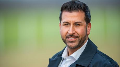 Ozan Iyibas kandidiert für den Bürgermeisterposten in Neufahrn bei Freising.