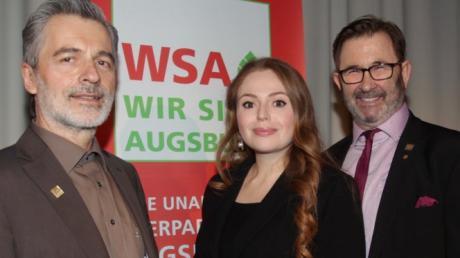 Peter Grab, Anna Tabak  und Helmut Bauer (von links)  beim Neujahrsempfang der WSA.