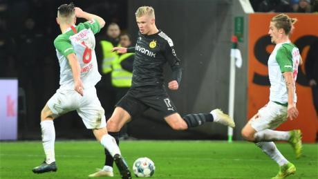 Gegen Dortmunds Neuzugang Erling Haaland wirkte der FC Augsburg überfordert. Hier lesen Sie die Einzelkritik.