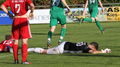 Adelzhausens Torhüter Michael Fottner musste zwar elf Mal hinter sich greifen, war aber dennoch der beste Gästespieler auf dem Platz.