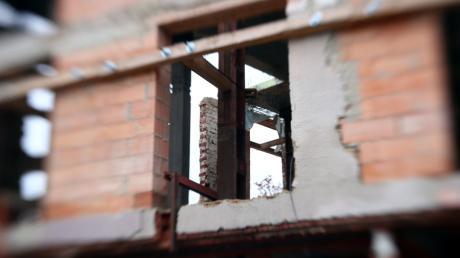 Insgesamt vier geplante Mehrfamilienhäuser hat der Meringer Bauausschuss in seiner jüngsten Sitzung abgelehnt.