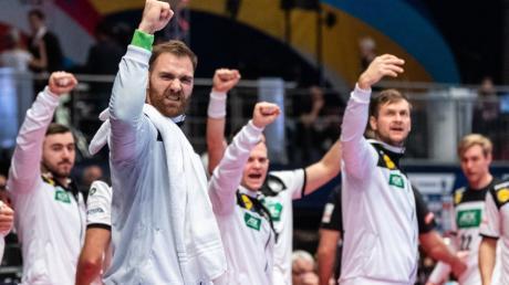 Alle Spiele von Deutschland bei der Handball-EM 2020 lassen sich live im Free-TV und Stream sehen - auch das Spiel um Platz 5 gegen Portugal am Samstag, 25.1.20. Hier gibt es die Infos zur Übertragung.