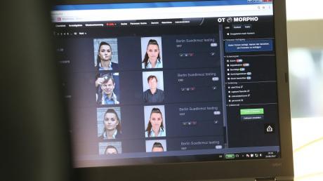 Anders als zunächst geplant, verzichtet Seehofer im Entwurf für das Bundespolizeigesetz auf eine Software zur Gesichtserkennung.