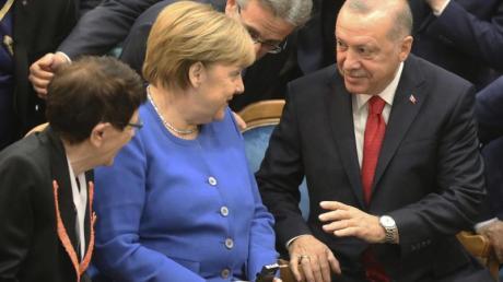 Merkel und Erdogan in Istanbul: In den deutsch-türkischen Beziehungen herrscht keine Eiszeit mehr wie noch 2017 und teilweise 2018.