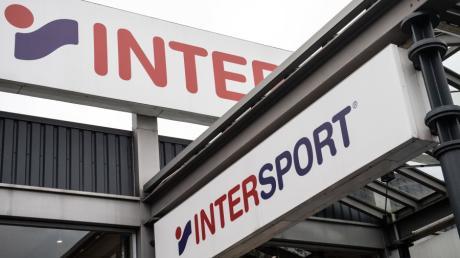 Die Konkurrenz von Markt-Größen wie Intersport wird für viele kleinere Geschäfte zu groß.