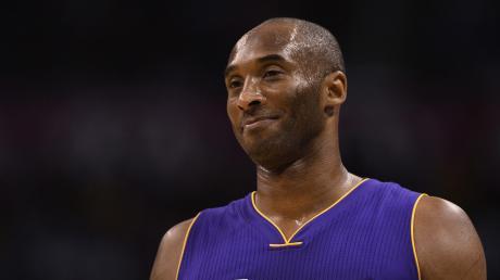 Kobe Bryant ist bei einem Hubschrauberabsturz in der Nähe von Los Angeles gestorben.