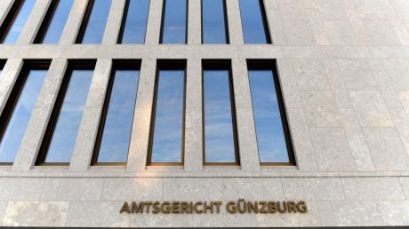 Vor dem Amtsgericht Günzburg an der Ichenhauser Straße mussten sich zwei junge Frauen verantworten.
