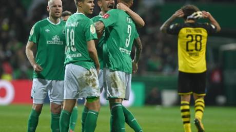Werder Bremen feierte mit einem Sieg gegen Dortmund den Halbfinaleinzug.
