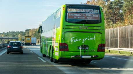 Ab Dezember sind Schnellbusse vom Bahnhof Dasing auf der Autobahn zum Bahnhof Pasing unterwegs.