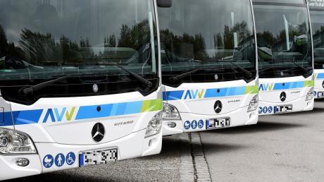 Der AVV vergibt Buslinien an private Unternehmen. Einigen von ihnen wirft die Staatsanwaltschaft vor, illegale Absprachen getroffen zu haben.