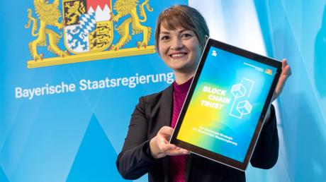 Judith Gerlach (CSU), Staatsministerin für Digitales, soll Bayerns Verwaltung fit für die Zukunft machen.