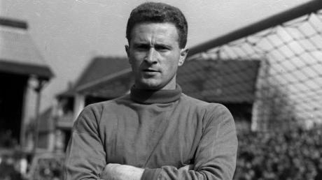 Harry Gregg, der langjährige Torwart von Manchester United, ist tot. Vor mehr als 50 Jahren überlebte er den Flugzeugabsturz seiner Mannschaft in München.