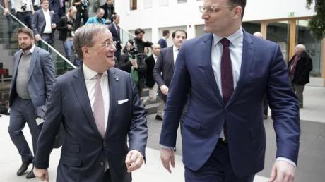 Kandidaten-Duo für die AKK-Nachfolge: Gesundheitsminister Jens Spahn (r.) und NRW-Ministerpräsident Armin Laschet.