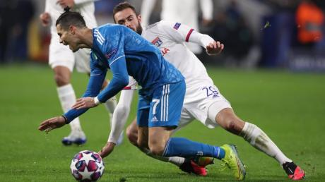Lucas Tousart, künftiger Profi von Hertha BSC, brachte  Cristiano Ronaldo - wörtlich wie symbolisch - ins Stolpern.
