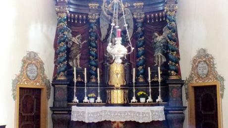 Der Tatort: der Altar der Pfarrkirche St. Michael.