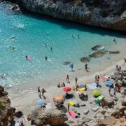 Mit gelockerten Stornobedingungen wollen Reiseveranstalter Verbrauchern die Buchung eines Sommerurlaubs schmackhaft machen.