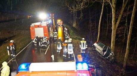 Bei einem Unfall in der Nähe von Zusamzell ist am frühen Dienstagmorgen eine Autofahrerin tödlich verunglückt.