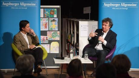 Beim Literaturabend in der Augsburger Stadtbibliothek sprach Ingo Schulze mit Kulturredakteur Wolfgang Schütz über sein neues Buch.