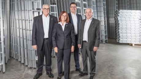 Die Geschäftsleitung der Günzburger Steigtechnik GmbH (von links): Ferdinand Munk, Ruth Munk, Alexander Werdich, Leopold Munk.