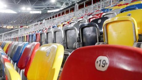 Bei vielen Bundesligaspielen bleiben infolge der Coronavirus-Ausbreitung die Stadien leer.