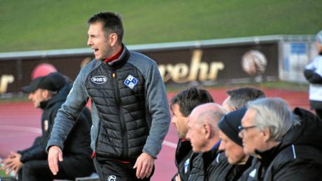 Marco Küntzel beim Spiel des FV Illertissen gegen den FC Augsburg II im November. Zuletzt lief es nicht gut für die Illertaler.