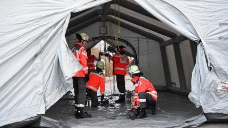 Auch vor der Mindelheimer Klinik soll bald ein Zelt aufgebaut werden.